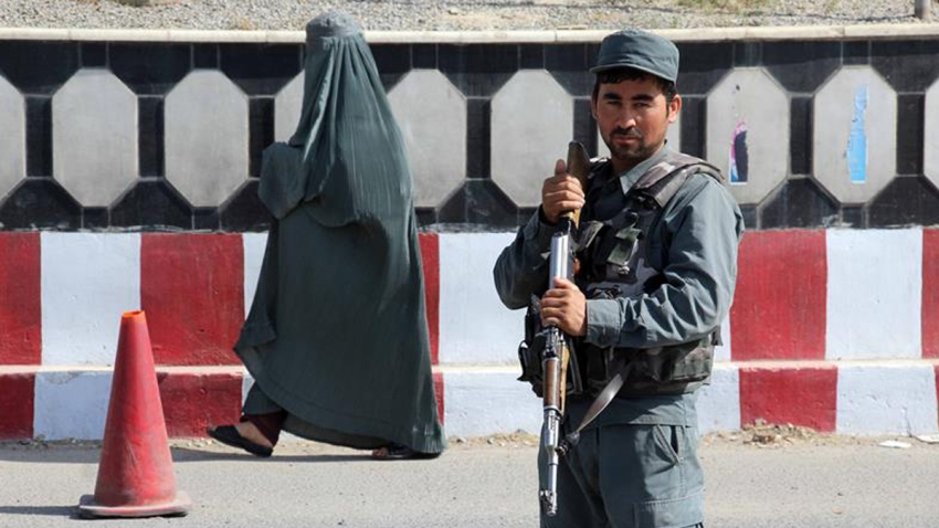 ataque-taliban-kabul-domingo