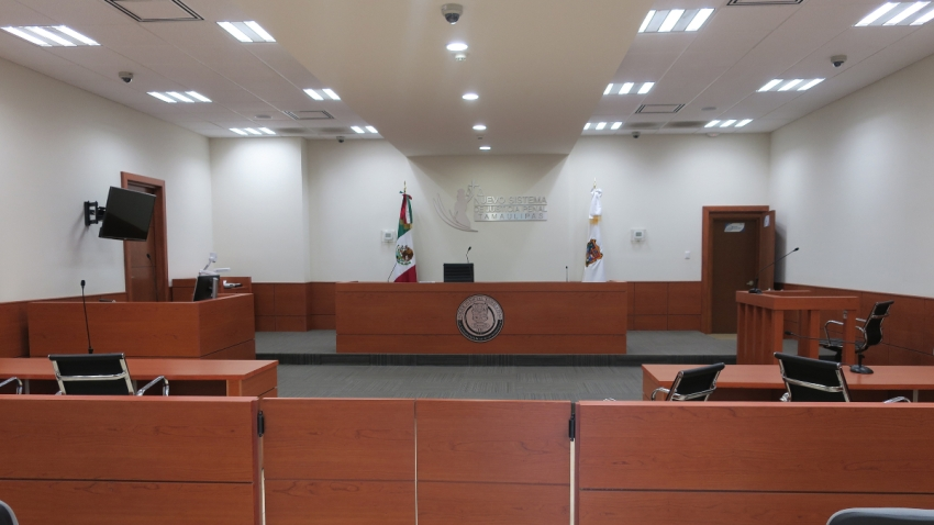 Sala de audiencias de un tribunal mexicano.