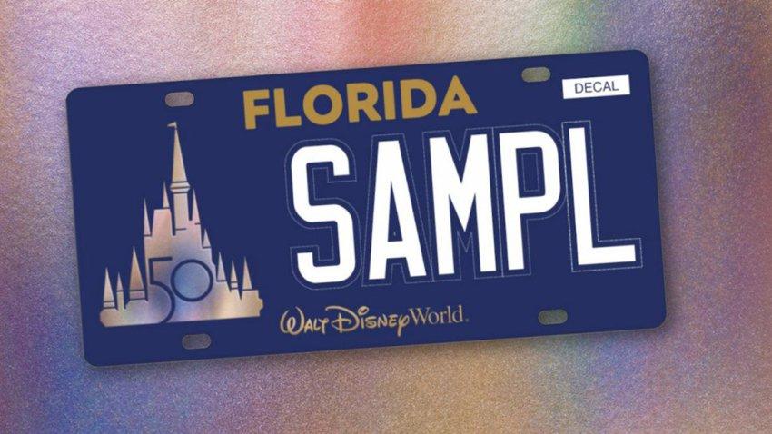 Placa de Florida en celebración a los 50 años de Disney World